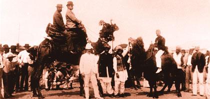 afghanische Pioniere mit Kamelen