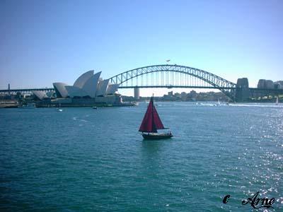 Sydney Harbour Bridge mit Opera House